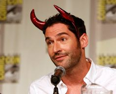 Lucifer Season 2 Update: Tom Ellis and crew to get more than 13 episodes for mom's revelation? - http://www.sportsrageous.com/entertainment/lucifer-season-2-update-tom-ellis-crew-get-13-episodes-moms-revelation/22447/