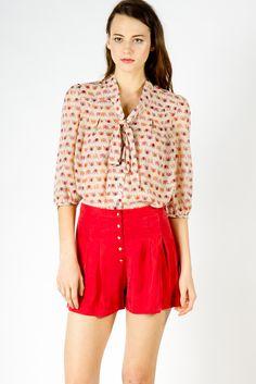 daisy button shorts ++ a x thread
