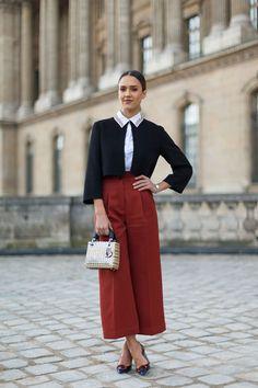 Street Chic: Style from Paris Fall 2016 Jessica Alba in Dior | Diego Zuko