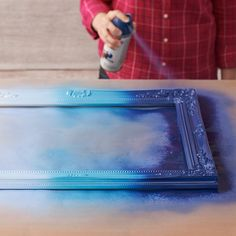 Take that Thrift Shop Find to a New Level: Ombré Spray-Painted Frames