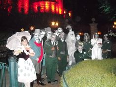 Awesome Haunted Mansion inspired costumes