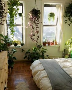 image result for aesthetic bedrooms - Aesthetic Bedroom