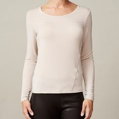 ANASTASIA T-shirt plain, silver grey (beige). The shirt you're gonna love because of its softness.  Made of modal which is coloured by the eco-tex 100 standards.