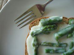 Creamed Asparagus on Toast