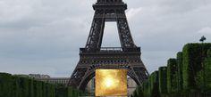 Gold unter dem Eiffelturm #goldbarren #goldverkauf #goldankauf #goldpreise #goldkarten #goldcards #goldgeschenk #gold #feingold
