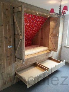 Mijn vergaarbak van leuke ideeën die ik wil toepassen in mijn huis. - bedstee onder schuin dak