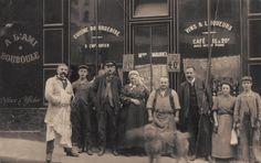 """""""A l'Ami Bouboule"""", cuisine bourgeoise, rue des Pyrénées, vers 1900."""