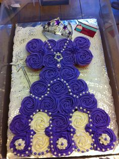 My second Sofia the first Cupcake cake
