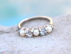 Vintage Sterling SIlver Pearl Ring  //  Size 8