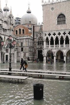 A flooded Venice.  Been there.  Done that.  Dealt with the wet shoes.  Next time, I am not going in December...