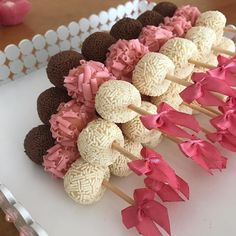 Delicious Dessert Table Goodies For All Occasions 🎀 Deco Baby Shower, Girl Shower, Mini Desserts, Delicious Desserts, Party Sweets, Dessert Buffet, Pink Dessert Tables, Bake Sale, Cute Food