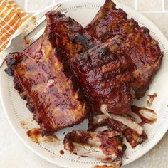 Summer cookouts are that much easier when you let your slow cooker handle the heat. Get recipes for a dozen of our favorite summer dishes you can make in your slow cooker. Sauce Recipes, Pork Recipes, Slow Cooker Recipes, Crockpot Recipes, Cooking Recipes, Slow Cooking, Recipes With Plum Sauce, Cooking Ribs, Slow Cooker Barbecue Ribs