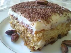 My boyfriend left me for a month this summer to go off to Europe and have fantastic adventures with his friends, leaving me behind with noth. Homemade Desserts, Healthy Desserts, Pasta Cake, Turkish Sweets, Desserts Sains, Cake Recipes, Dessert Recipes, Soup Recipes, Different Cakes