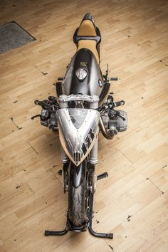 Pepo Rosell of XTR Pepo has reinvented this BMW R100 and it is stunning.