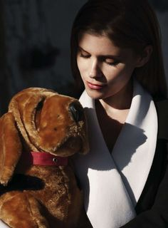 """""""I want like a veggie burger and fries, and a glass of wine, and to talk about politics with somebody."""" -Kate Mara"""