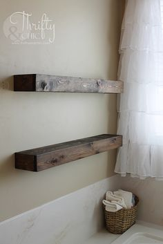 DIY Floating Shelves just like the ones from Fixer Upper! Make 2 of these for… Cute Dorm Rooms, Cool Rooms, Fixer Upper, Diy Regal, Home Remodeling Diy, Basement Remodeling, Floating Shelves Diy, Diy Home Decor Projects, Decor Ideas