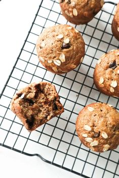 Healthy Carrot Muffins, Healthy Muffins For Kids, Gluten Free Blueberry Muffins, Healthy Breakfast Muffins, Gluten Free Banana, Breakfast For Kids, Kid Muffins, Cake Mix Muffins, Chocolate Chip Muffins