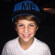 How much cuter can he possibly get!? I bet when he's older he's gonna be hot! He's just so adorable! <3