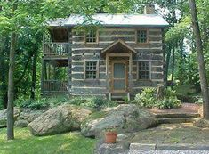 Cabin with porches on both floors