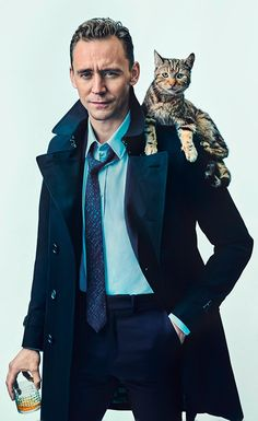 """Landed on his feet. Frrom Loki to leading man - Tom Hiddleston shows he's the smartest cat on the block."" ShortList Magazine - October 2015 https://twitter.com/Charlie_Gray_/status/651774420055404545 / http://ww2.sinaimg.cn/large/6e14d388gw1ewt0116og0j20r814tn13.jpg"