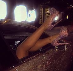 Proof that glitter will get everywhere. Just look at the car all glittery. Shoulda kept her shoes inside