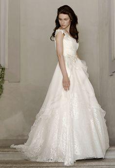 Alberta Ferretti | Bridal Style Watch 2014 - Luxe Texture | Hey Wedding Lady