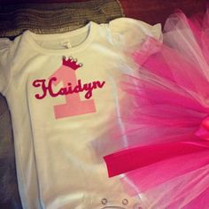Pink and gold first birthday outfit girls Gold First Birthday Outfit, Pink And Gold, First Birthdays, Girl Outfits, Sweatshirts, Girls, Handmade, Stuff To Buy, Etsy