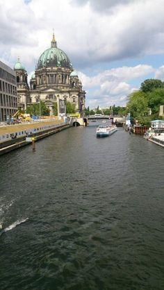 Blick von der Brücke in Berlin