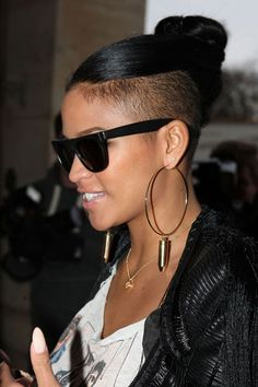 Swell Pin By Rachel On Bun Shaved Sides And Back I Am Loving My New Short Hairstyles For Black Women Fulllsitofus