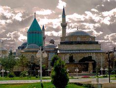 Mevlana Türbesi Turkey Tourism, Turkey Travel, Turkish Architecture, Art And Architecture, Beautiful Mosques, Beautiful Places, Places To Travel, Places To Go, Islamic World