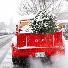 A classic red Christmas truck! What was your favorite part of the Christmas season this year? TAG a friend. Christmas Truck, Christmas Mood, Noel Christmas, Christmas Signs, Christmas Pictures, Vintage Christmas, Christmas Decorations, Holiday Decor, Christmas Greenery