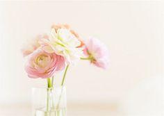 pretty bud vase arrangement
