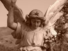 another view of angel with star