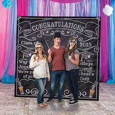 Graduation Chalkboard Photo Booth Prop #DIY-Crafts
