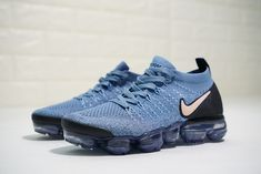 NIKE AIR VAPORMAX FLYKNIT 2 LIGHT BLUE NUDE POWDER 942843 401 Ankle Sneakers, Leather Sneakers, All Black Sneakers, Sneakers Nike, New Nike Air, Nike Air Vapormax, Nike Air Huarache Ultra, Green Sandals, Womens Flip Flops