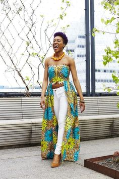 This butterfly dress can be paired with high waisted pants, shorts or skirts for a chic look for all your summer events. Diva Fashion, Fashion Beauty, Fashion Outfits, Fashion Women, African Print Fashion, African Fashion Dresses, African Wear, African Dress, Chitenge Outfits