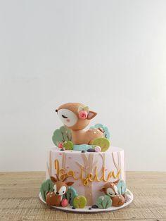 1st Birthday Party For Girls, Baby Birthday Cakes, 2nd Birthday, Baby Girl Cakes, Deer Cakes, Woodland Cake, Animal Cakes, Baby Deer, Sugar Art