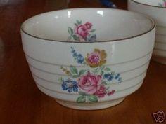 Antique Dishes, Vintage Dishes, Vintage Glassware, Fancy Dishes, Vintage Dinnerware, Vintage Bowls, Vintage China, Vintage Kitchen Decor, Kitchen Art