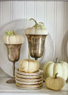 To have an additional Thanksgiving decoration indoors or outdoors, our gathered gorgeous Thanksgiving Décor Ideas is of featured natural Fall foliage and fall harvest elements. Decoration Christmas, Thanksgiving Decorations, Seasonal Decor, Holiday Decor, Thanksgiving Ideas, Family Holiday, Holiday Ideas, Fall Home Decor, Autumn Home
