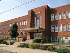School Building Design, School Design, School Academy, Wattpad Background, Underwater Restaurant, School Places, American High School, School Hallways, Building Images