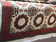 Esther's Quilt Blog: 'Glad Tidings' by Gail Smith