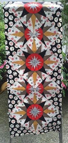 Cactus Flower Table Runner, Quiltworx.com, Made by CI Donna Hoyt Quilting Ideas, Quilt Patterns, Flower Table, Crown Of Thorns, Foundation Paper Piecing, Cactus Flower, Table Runners, Quilts, Euphorbia Milii