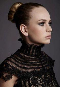 Britt Robertson: Avant-Garde Actress