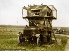 A mobile pigeon loft, enabling messages to be sent from the Front Line back to headquarters. The BBC reports that carrier pigeons were used as messengers throughout the First World War, and records show they delivered of their messages correctly. World War One, First World, Ww1 Tanks, Homing Pigeons, Pigeon Loft, Palomar, Colorized Photos, Photo Essay, Panzer