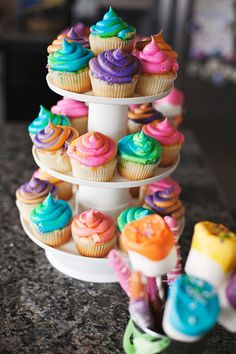 Dr. Seuss Party: oh the places you'll go party theme; oh the places you'll go cupcakes