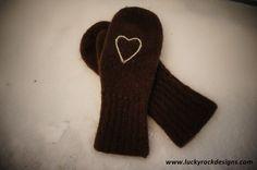 Tova votter i Nøstebarnstil High Socks, Knitting, How To Make, Handmade, Stuff To Buy, Hand Made, Tricot, Stockings, Breien