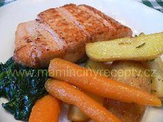 Losos na pánvi Trout, Delicious Food, Carrots, Salmon, Food Ideas, Menu, Vegetables, Recipes, Menu Board Design
