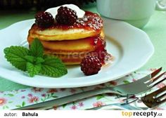 Kefírové lívance II. recept - TopRecepty.cz Kefir, Dessert Recipes, Desserts, Pancakes, Food And Drink, Yummy Food, Treats, Baking, Breakfast