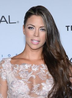 Ximena Duque Photos - Ximena Duque attends the Billboard Latin Music Awards at Watsco Center on April 2017 in Miami, Florida. Black Girl Blue Eyes, Caucasian Race, Latin Music, Foto Pose, Movies Showing, Music Awards, Latina, Sexy, Hair Beauty