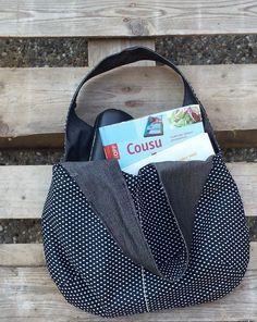 Ce sac cabas à une grande capacité de rangement, peut contenir une tablette, des bouquins, magazines, la bouteille d'eau l'indispensable du moment ! Couture Facile Patron Gratuit https://fr.pinterest.com/bettinael/happy-diy/
